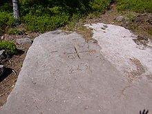 Des signes gravés dans la Roche dans Connaître les PIERRES roche