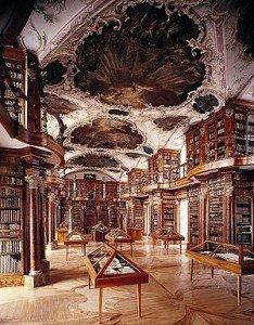 But et raison d'être ici et maintenant dans En 2012-2013 et après 2016 bibliotheque-234x300