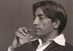 Lucidité et Introspection par Krishnamurti dans APPRENDS-MOI j_krishnamurti-300x209