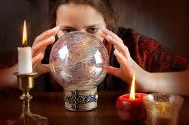 Boule de cristal ou cristallomancie dans Astrologie et Esotérisme images-10