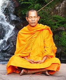220px-Abbot_of_Watkungtaphao_in_Phu_Soidao_Waterfall