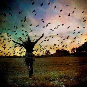 femme-oiseaux-noirs